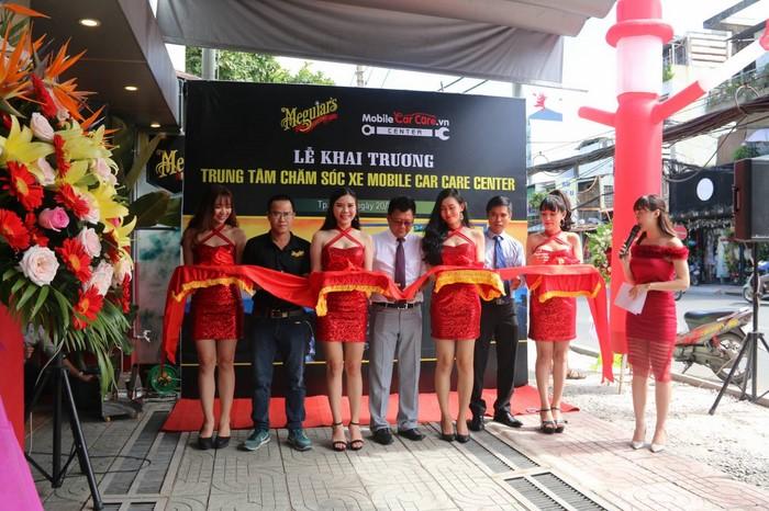 Mobile Car Care khai trương trung tâm chăm sóc xe nhượng quyền đầu tiên tại TP. Hồ Chí Minh
