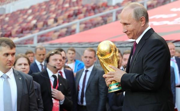 Quốc gia nào sẽ đăng cai tổ chức World Cup 2018 ?
