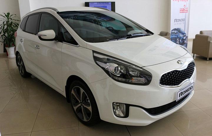 Bảng giá xe ô tô Kia Rondo tháng 7/2018