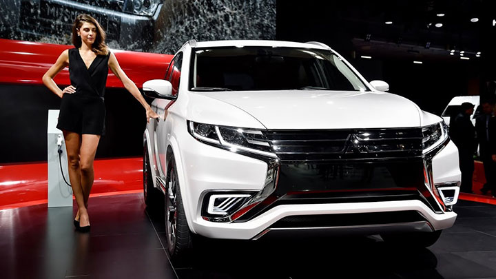 Giá xe Mitsubishi All New Pajero Sport tháng 7/2018