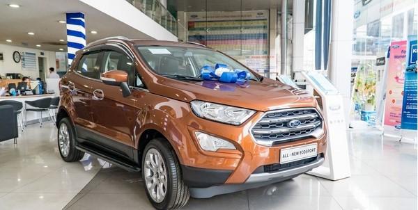 Giá xe Ford EcoSport 2018 mới nhất tháng 8/2018