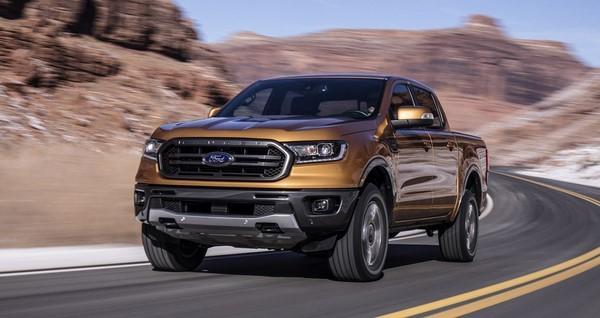 Giá xe Ford Ranger tháng 8/2018