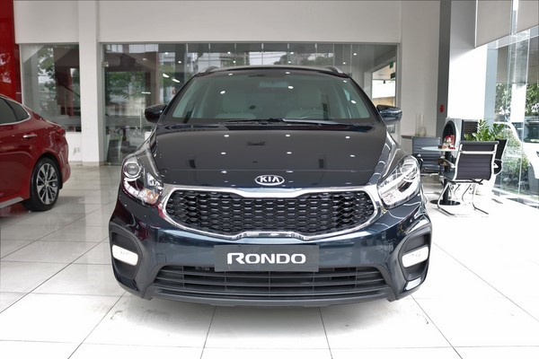 Bảng giá xe ô tô Kia Rondo tháng 8/2018