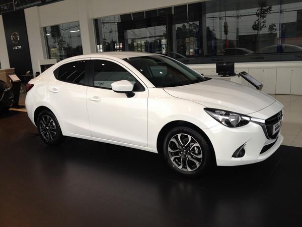 Bảng giá xe Mazda 2 tháng 8/2018