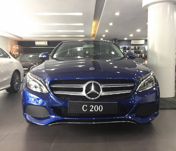 Bảng giá xe Mercedes C200 tháng 8/2018