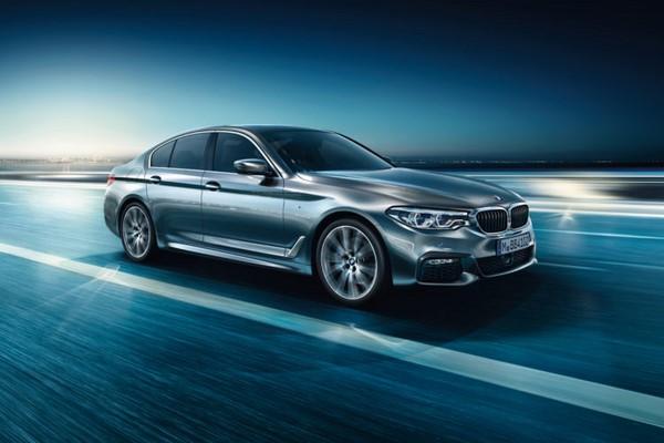 Giá xe BMW 528i tháng 8/2018