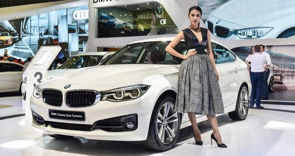 Giá xe BMW 320i tháng 9/2018