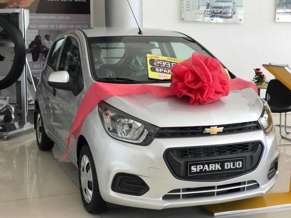 Giá xe Chevrolet Spark mới nhất tháng 10/2018
