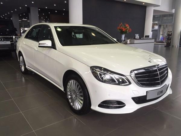 Bảng giá bán xe Mercedes E200 tháng 9/2018