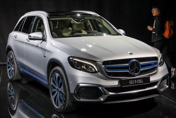 Bảng giá bán xe Mercedes-Benz GLC-Class tháng 9/2018
