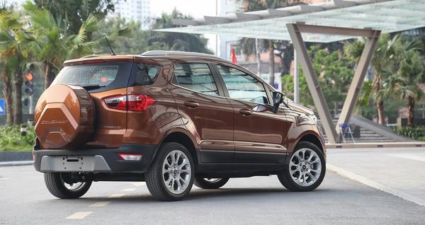 Giá xe Ford EcoSport 2018 mới nhất tháng 10/2018