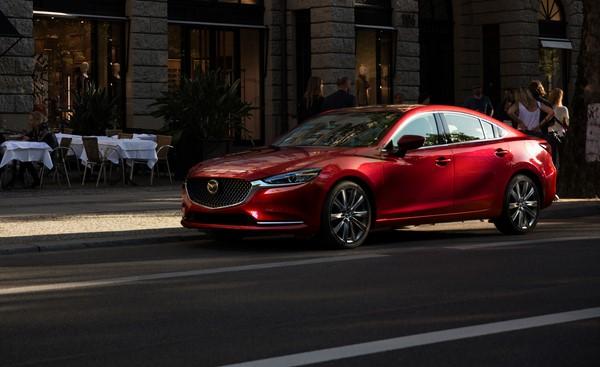 Bảng giá bán xe ô tô Mazda 6 tháng 9/2018
