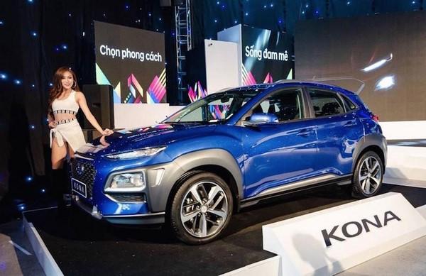 Giá xe Hyundai Kona tháng 10/2018