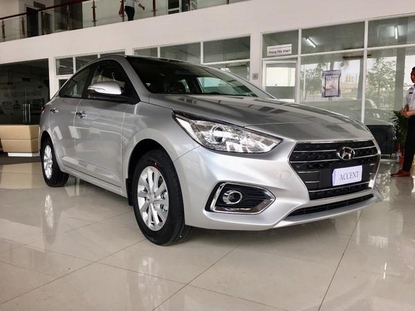 Giá xe Hyundai Accent tháng 9/2018