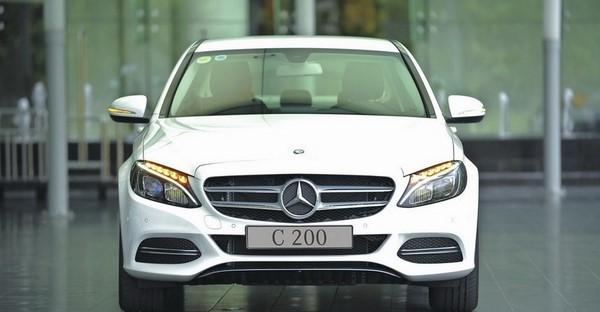 Bảng giá xe Mercedes C200 tháng 10