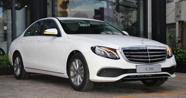 Bảng giá bán xe Mercedes E200 tháng 10