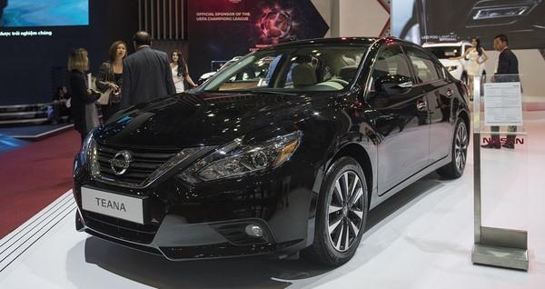 Bảng giá xe Nissan Teana tháng 10