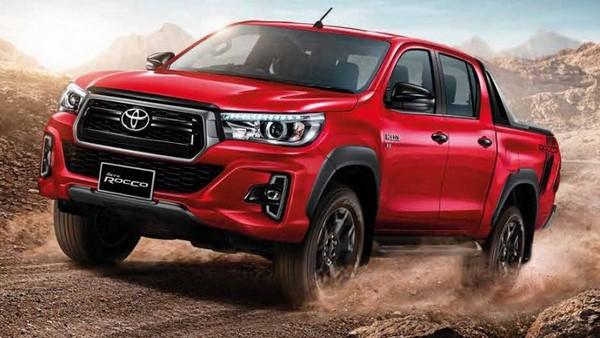 Giá xe Toyota Hilux tháng 9/2018 bất ngờ tăng