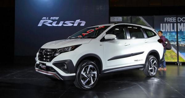 Bảng giá bán xe Toyota Rush cập nhật tháng 9/2018