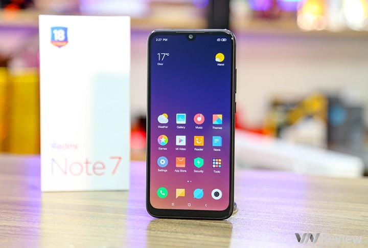 """Khui hộp Xiaomi Redmi 7 vừa """"xách tay"""" về Việt Nam kèm giá bán tại Clickbuy - 253238"""