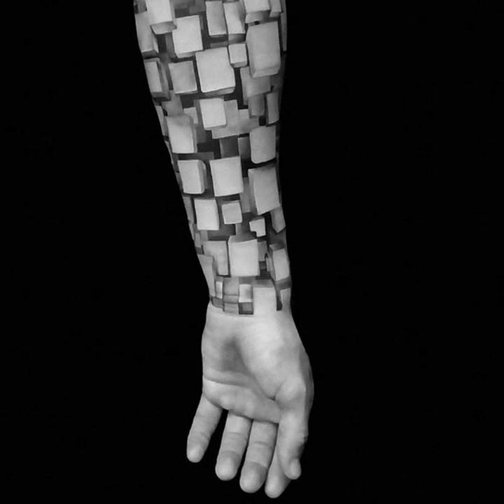 #9: Hình xăm cực kỳ ấn tượng được lấp đầy bằng các khối 3D