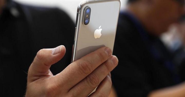 Có nên mua iPhone X lock hay không