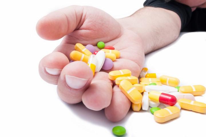 Thận trọng và lưu ý khi sử dụng Amlodipin