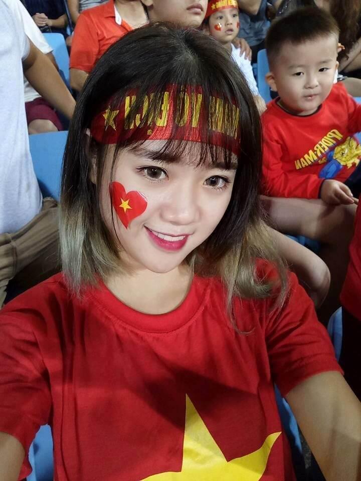 Hoa khôi giải bóng đá nữ sinh viên khu vực Hà Nội năm 2014