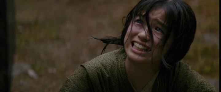 Khán giả xem phim không thể nào quên đôi mắt buồn da diết của Suzuka Ohgo