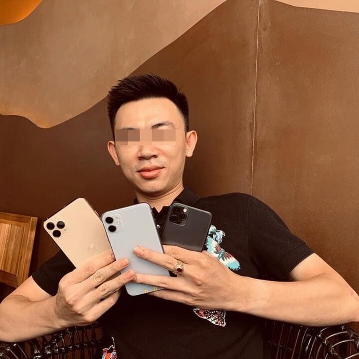 Ngày 13/9, chủ tài khoản Facebook Vũ Bồ P. đăng tải video và hình ảnh về ba chiếc điện thoại gồm iPhone 11, 11 Pro và 11 Pro Max.