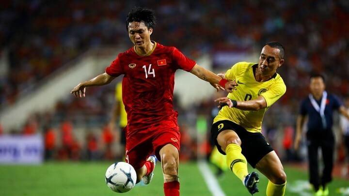 Tuấn Anh cùng Hùng Dũng là cặp tiền vệ trung tâm được ra sân ngay từ đầu trong cuộc tiếp đón Malaysia tại lượt trận tiếp theo của bảng G vòng loại World Cup 2022.