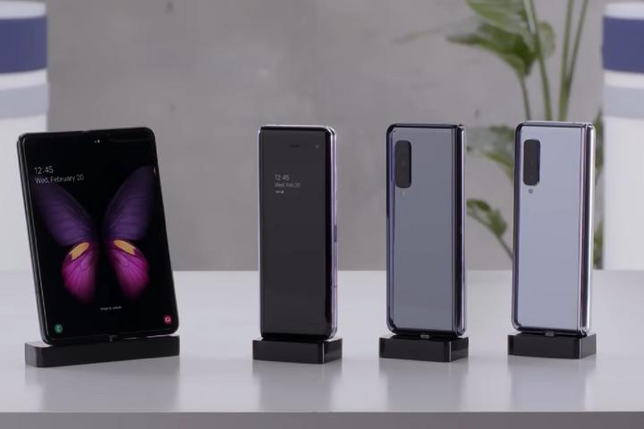 Samsung Galaxy Fold sẽ bán trong tháng này tại Việt Nam - Giá gần 50 triệu