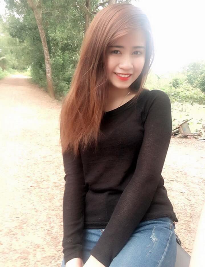 Ảnh girl xinh tươi cười rạng rỡ. Một hình ảnh chân phương nhưng cũng không kém phần xinh đẹp và hấp dẫn