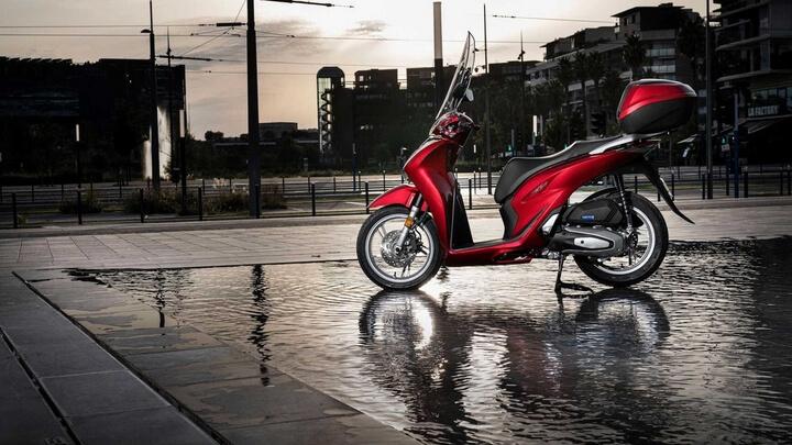 Honda SH 2020 ra mắt Việt Nam : Giá từ 69-99 triệu đồng.