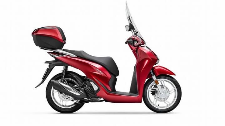 Giá bán cho Honda SH 125 CBS là 71 triệu và cho bản ABS là 79 triệu đồng. Giá bán cho Honda SH 150 CBS là 88 triệu và bản ABS có giá 96 triệu đồng.